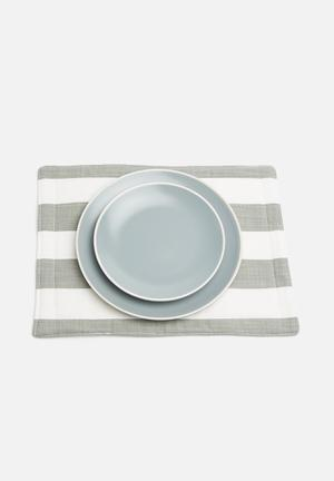 Grey Gardens Cut Stripe Grey Placemat Set Of 6 Dining & Napery 100% Cotton