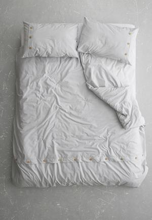 Sixth Floor Button Edge Duvet Cover Set Bedding 200TC 100% Cotton