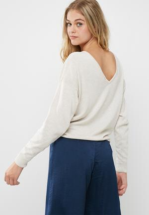 Dailyfriday Slouch V-back Knit Knitwear Nude