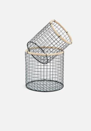 Hira small iron baskets