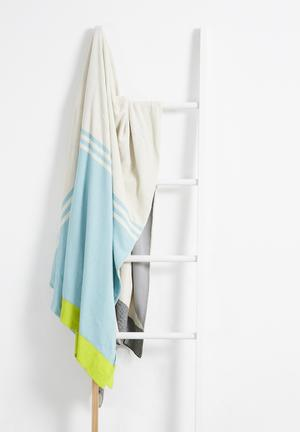 Sixth Floor Lagom Throw 100% Cotton