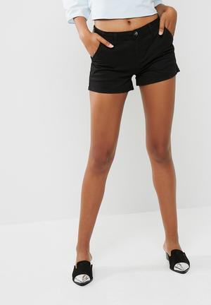 Cotton On The Slant Chino Shorts Black