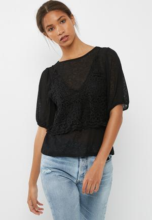 Vero Moda Novo Lace Top T-Shirts, Vests & Camis Black