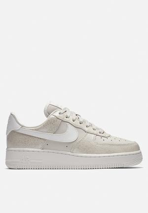 Nike Air Force 1 '07 Premium Sneakers Light Bone/Mtlc Summit