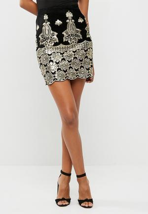 Missguided Sequin Embellished Velvet Mini Skirt Black & Gold