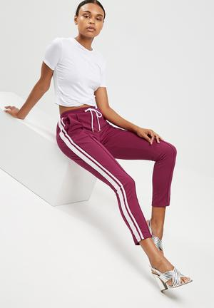 Double side stripe joggers