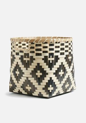 Zumba bamboo basket