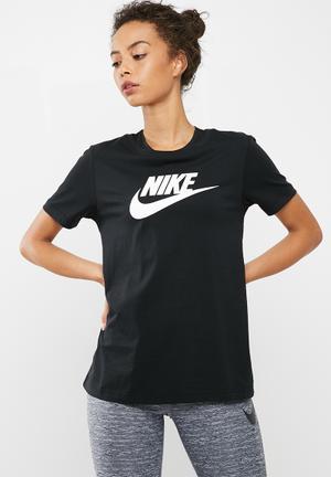 Nike Logo Tee T-Shirts Black