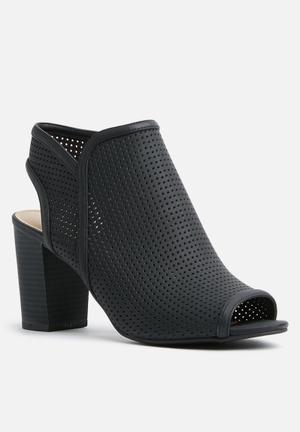 Call It Spring Medassa Heels Black