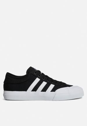 Adidas Originals Matchcourt Sneakers Core Black / FTWR White