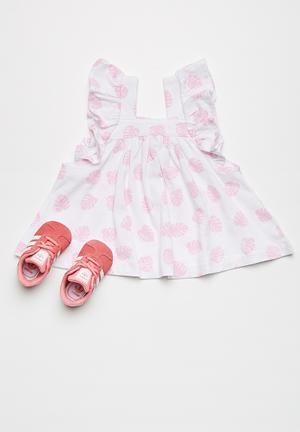 Kapas Frilly Dress Pink & White