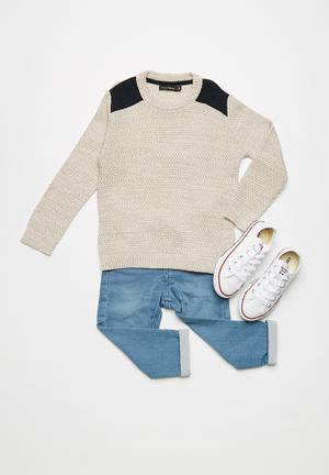 Basicthread Shoulder Patch Jersey Jackets & Knitwear Beige & Dark Navy