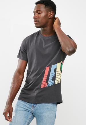 Levi's® Graphic Set In Neck Tee T-Shirts & Vests 100% Cotton