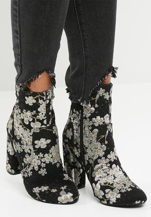 Dailyfriday Lesedi Boots