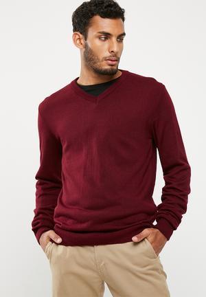 Basicthread Basic Vee Neck Slim Fit Knit Knitwear Maroon