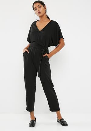 Dailyfriday Tailored Kimono Sleeve Jumpsuit Black