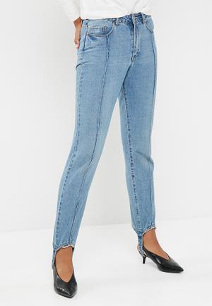 Vero Moda Steff Straight Stirrup Jeans Blue