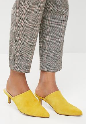 Vero Moda Olivia Leather Mule Heels Yellow