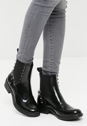 Footwork Carmela Boots Black