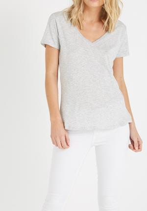 Cotton On The Deep V Tee T-Shirts, Vests & Camis Grey