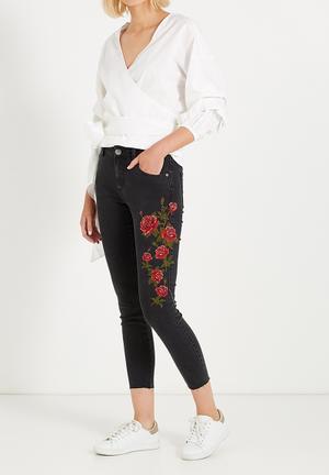 Cotton On Mid Rise Grazer Skinny Jeans Black