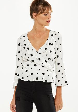 Cotton On Ruby Ruffle Blouse White & Black