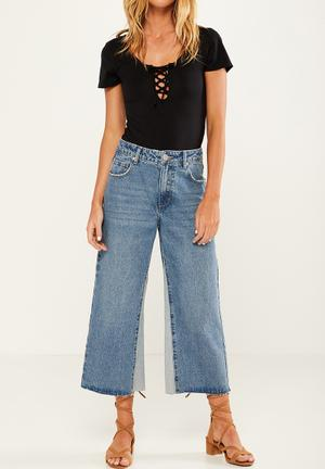 Cotton On Mid Rise Wide Leg Crop Jeans Blue