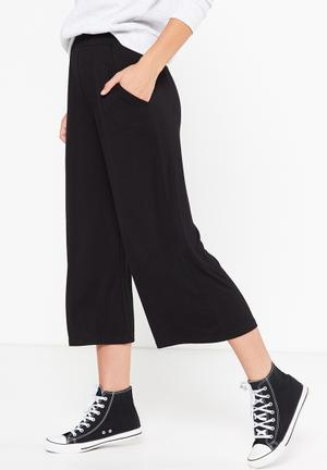 Cotton On Lauren Drapey Culottes Trousers Black