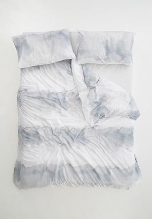 Sixth Floor Fog Duvet Cover Set Bedding Polycotton