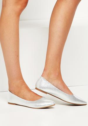 Cotton On Primo Point Pumps & Flats Silver