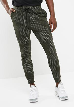 Nike Tech Fleece Sweat Pant Sweatpants & Shorts Khaki Green