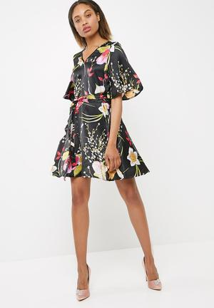 Vero Moda Jessica Floral Dress Formal Black, Pink, Green & Yellow