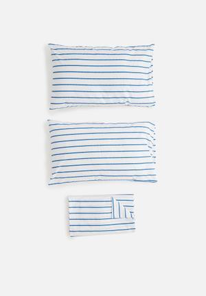 Sixth Floor Azure Printed Sheet Set Bedding Polycotton