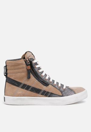 Diesel  D-String Plus Sneakers Roasted Cashed / Otter