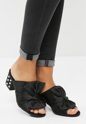 Dailyfriday Sherry Heels Black