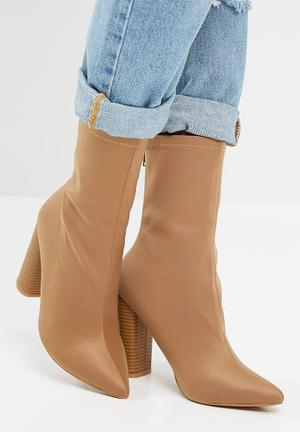 Dailyfriday Taryn Boots Taupe