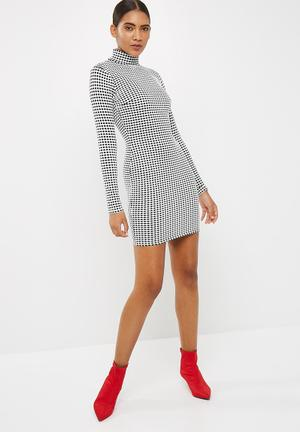 Missguided Printed High Neck Long Sleeve Mini Dress Occasion Black & White