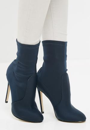 Missguided Round Toe Stiletto Heel Boot Navy
