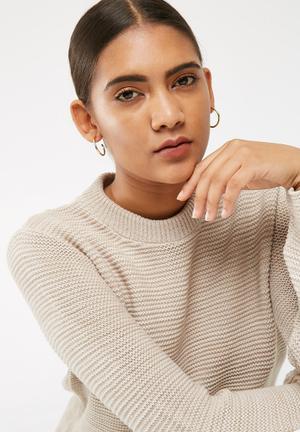 Matter Of Fakt Oasis Hoop Earrings Jewellery Gold