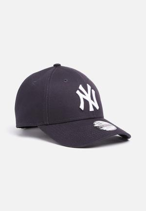 New Era Youth (6-12 Yrs) Essential 9forty Accessories Navy