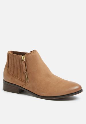 ALDO Taliyah Boots Tan