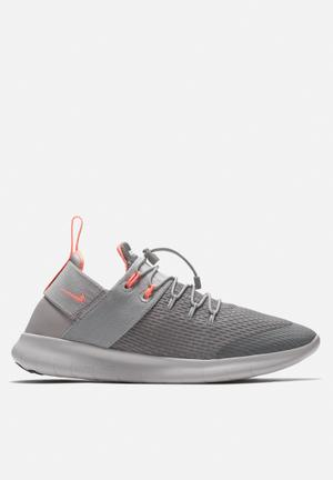 Free RN Commuter 2017 Running. By Nike R1599