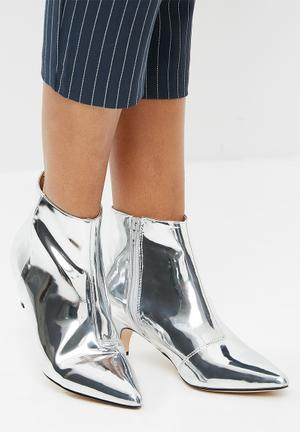 Public Desire Atomic Pointed Toe Kitten Boot Silver Mirror