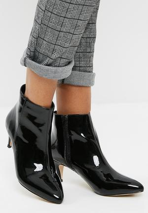Public Desire Atomic Pointed Toe Kitten Boot Black