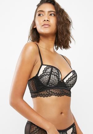 New Look Scallop Lace Longline Bra Cream & Black