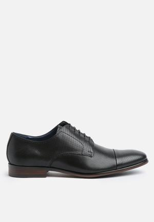 Steve Madden Preston Formal Shoes Black