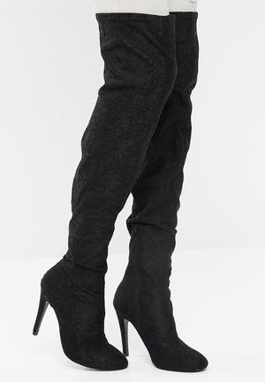 Call It Spring Astilama Boots Black