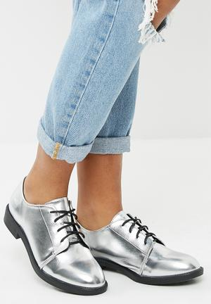 Dailyfriday Lace Up Dress Shoe - Silver Pumps & Flats Silver