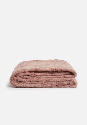 Hertex Fabrics Sirocco Faux Fur Throw 100% Polyester