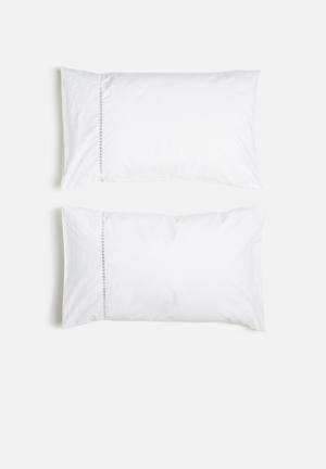 Sheraton Eclipse Embroidered Pillowcase Set Bedding 100% Cotton